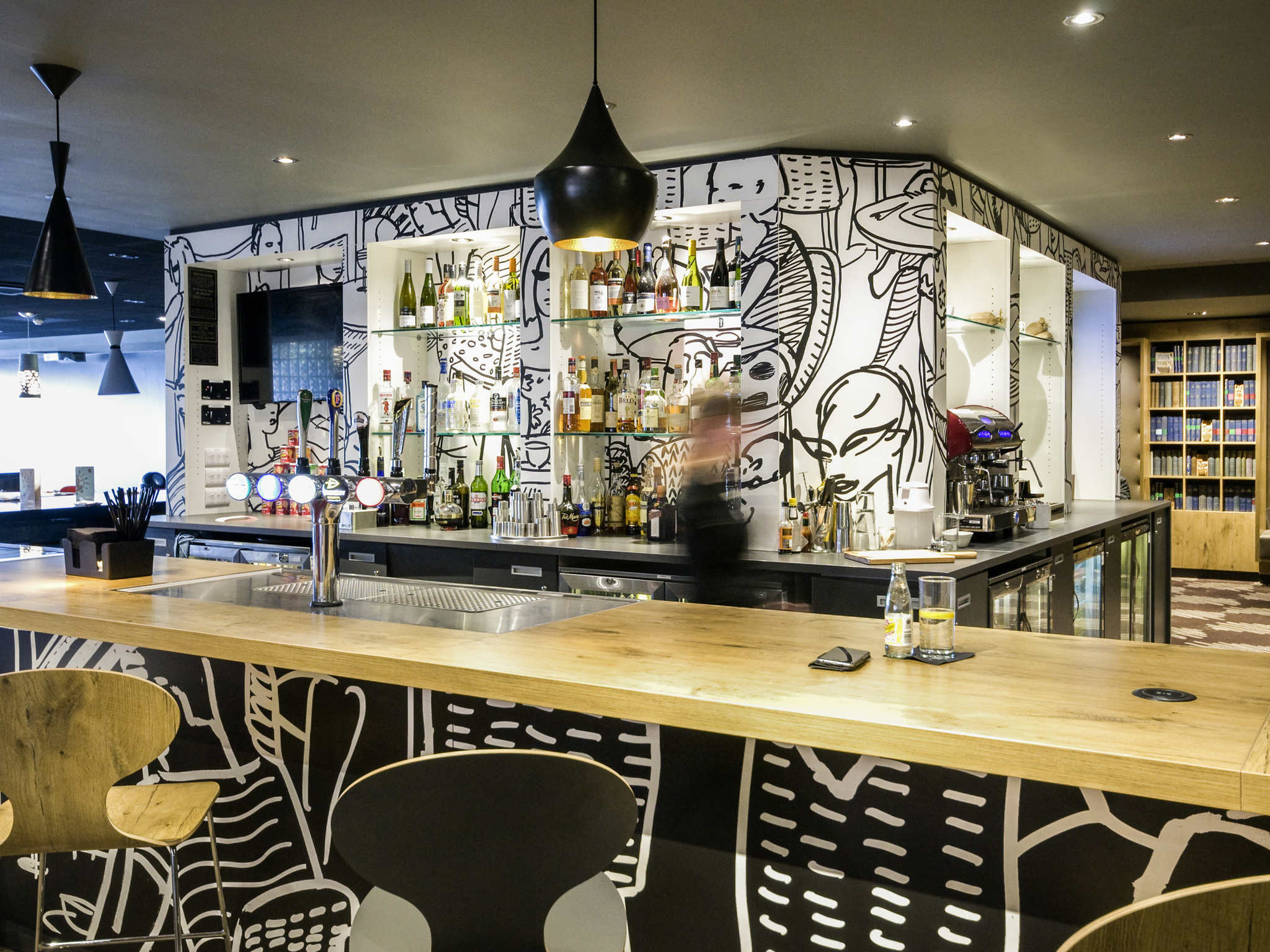 Hotel in LONDON - ibis London Heathrow Airport