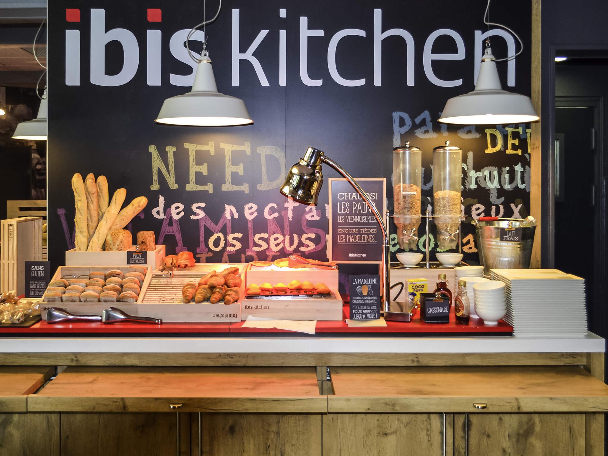 Hotel in salon de provence ibis salon de provence south for Ibis hotel salon de provence