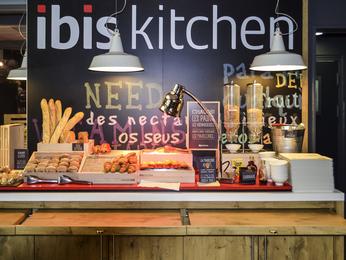 Hotel pas cher salon de provence ibis salon de provence sud for Restaurant indien salon de provence
