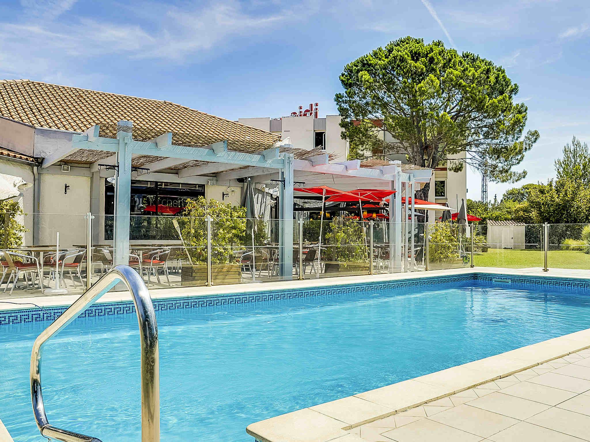 Hotell – ibis Salon de Provence Sud