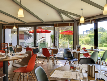 Restaurant caf bar l 39 hotel ibis salon de provence sud - Caf salon de provence ...