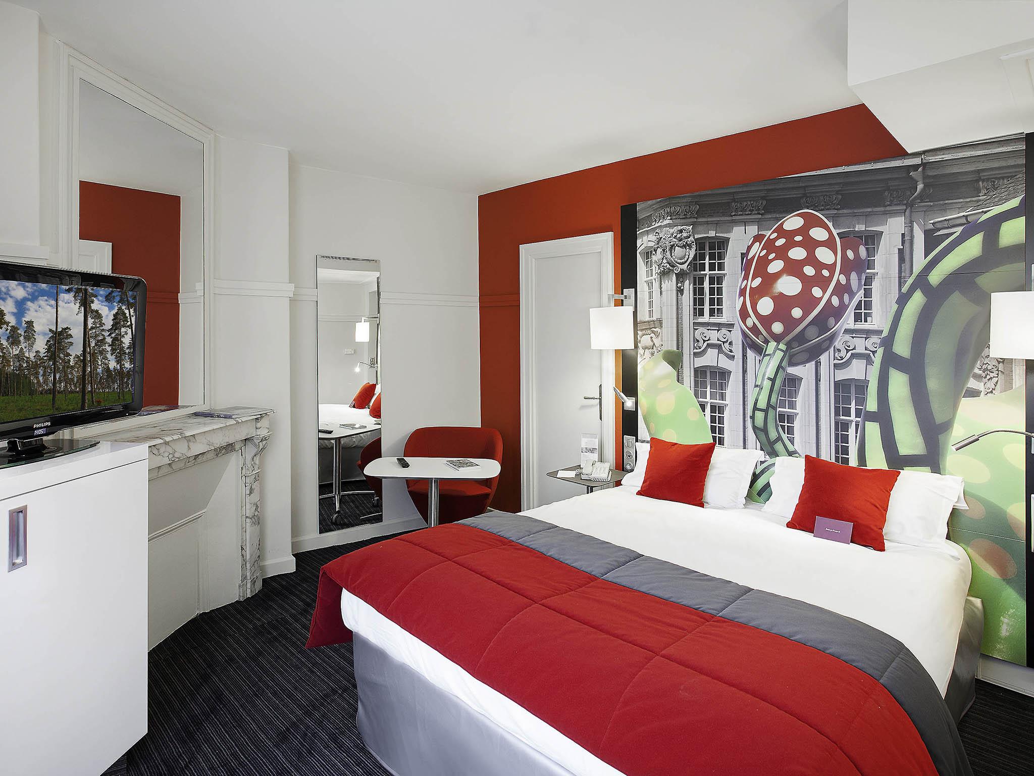 hotel a lille centre. Black Bedroom Furniture Sets. Home Design Ideas