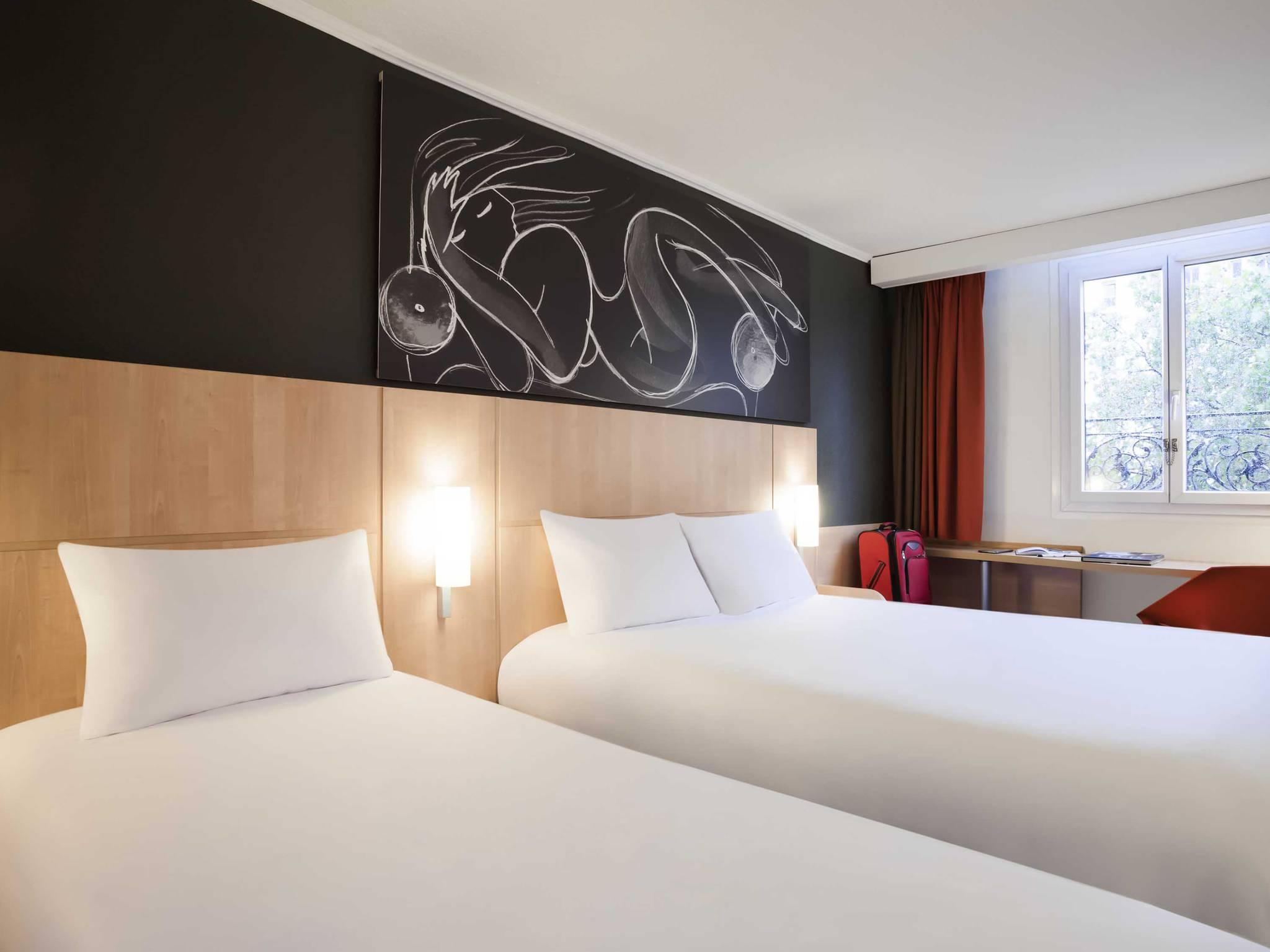 hotel in paris ibis paris maine montparnasse 14th