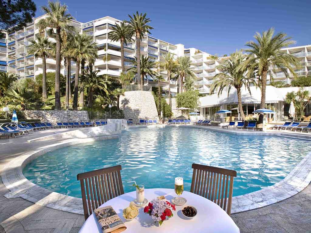 Cannes Hotels With Private Beach