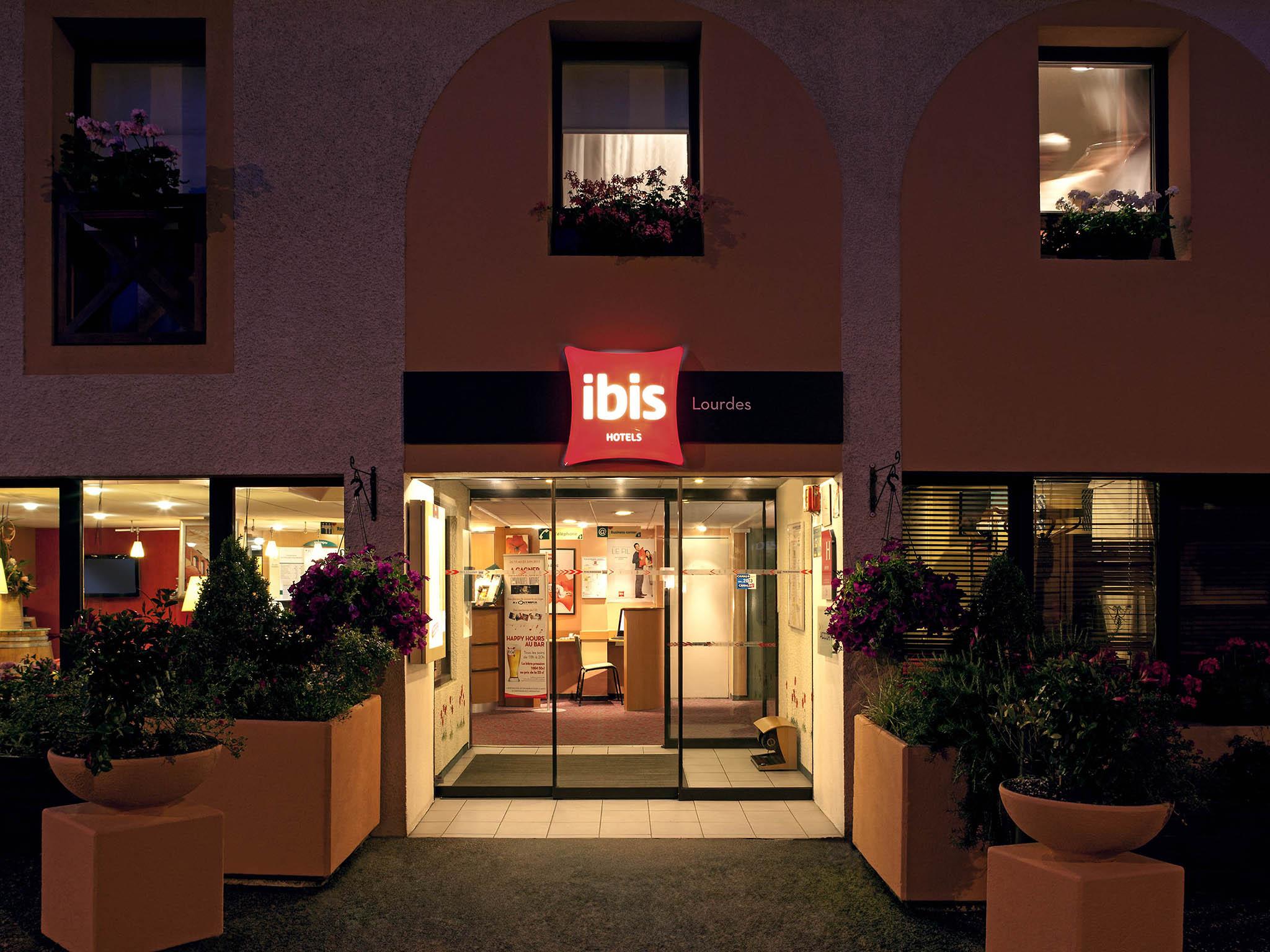 Beliebt Hotel in LOURDES - ibis Lourdes Centre Gare ZP77