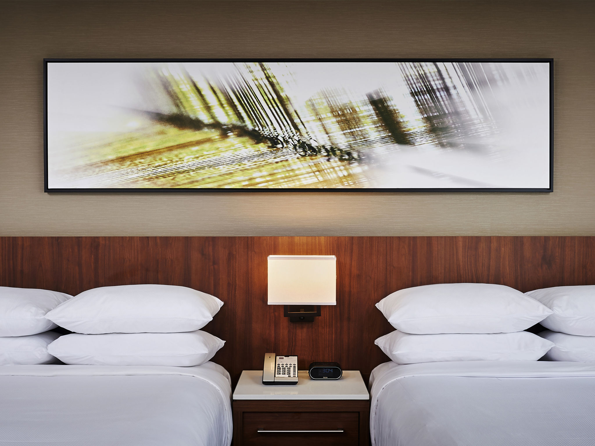 Hotel In Mississauga