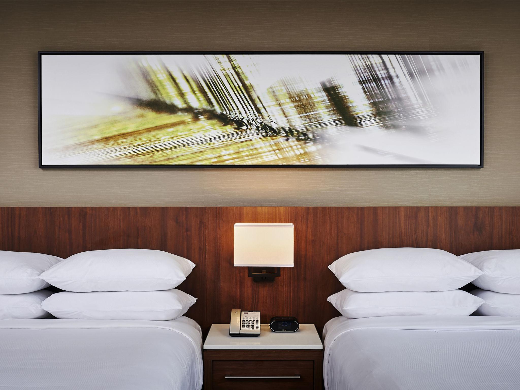 Novotel Toronto Vaughan Hotel Rooms