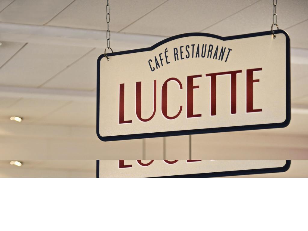 le bistrot nantes restaurants by accorhotels. Black Bedroom Furniture Sets. Home Design Ideas