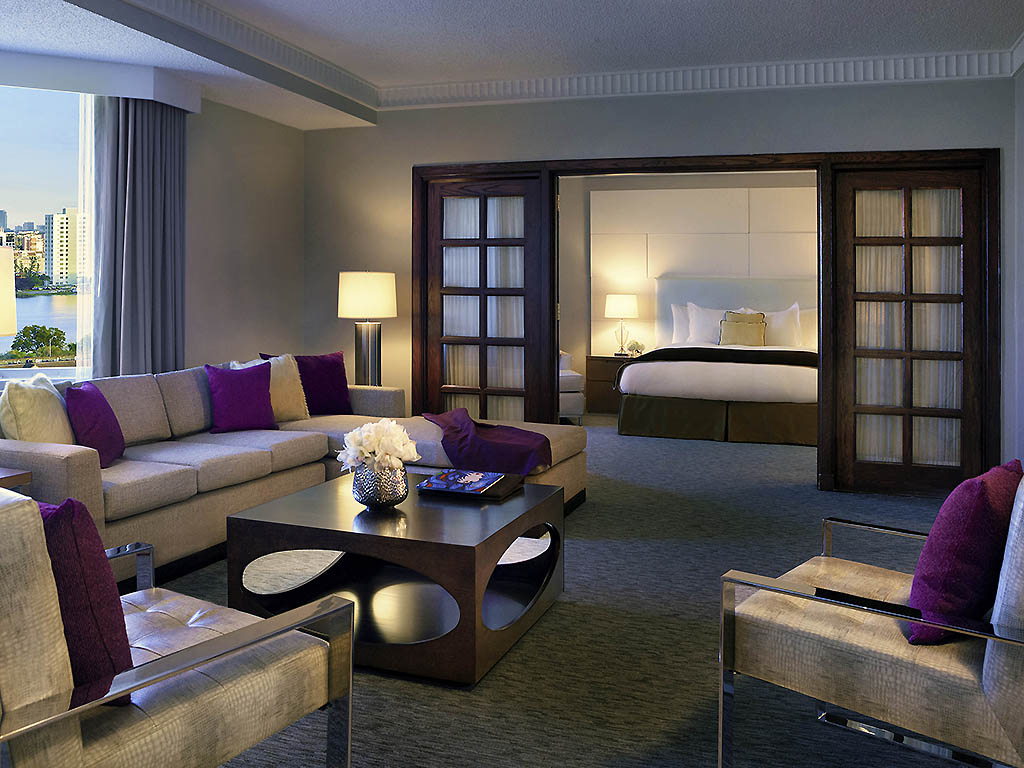 Presidential Suite One King Size Bed Living Room Premium View Lagoon