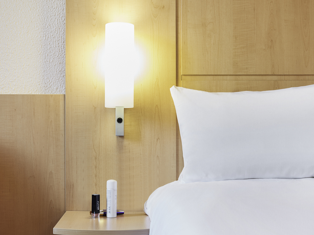 Hotel Pas Cher MARSEILLE Ibis Marseille Centre VieuxPort - Hotel marseille vieux port pas cher