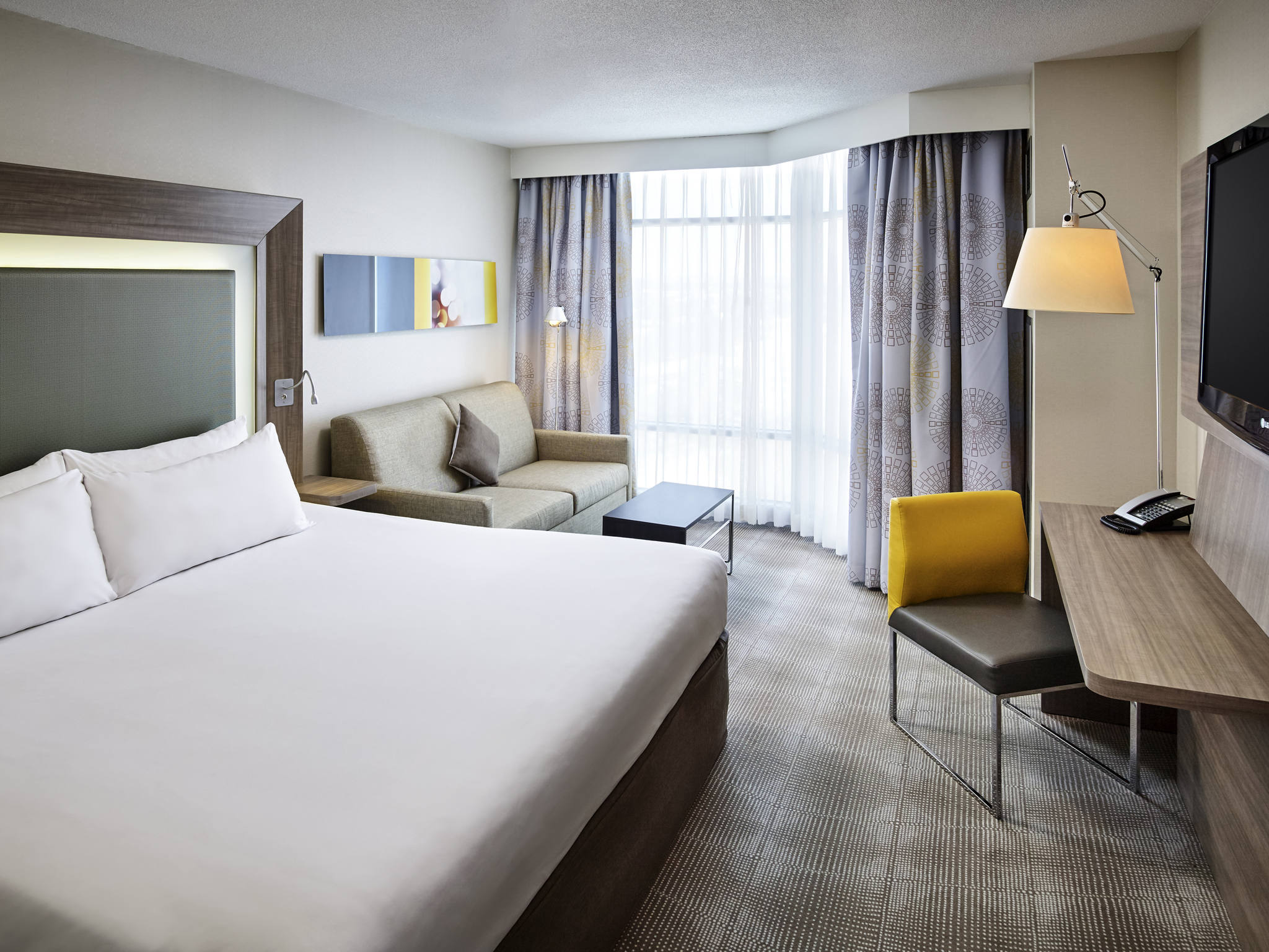 Hotel in Toronto - Novotel Toronto North York