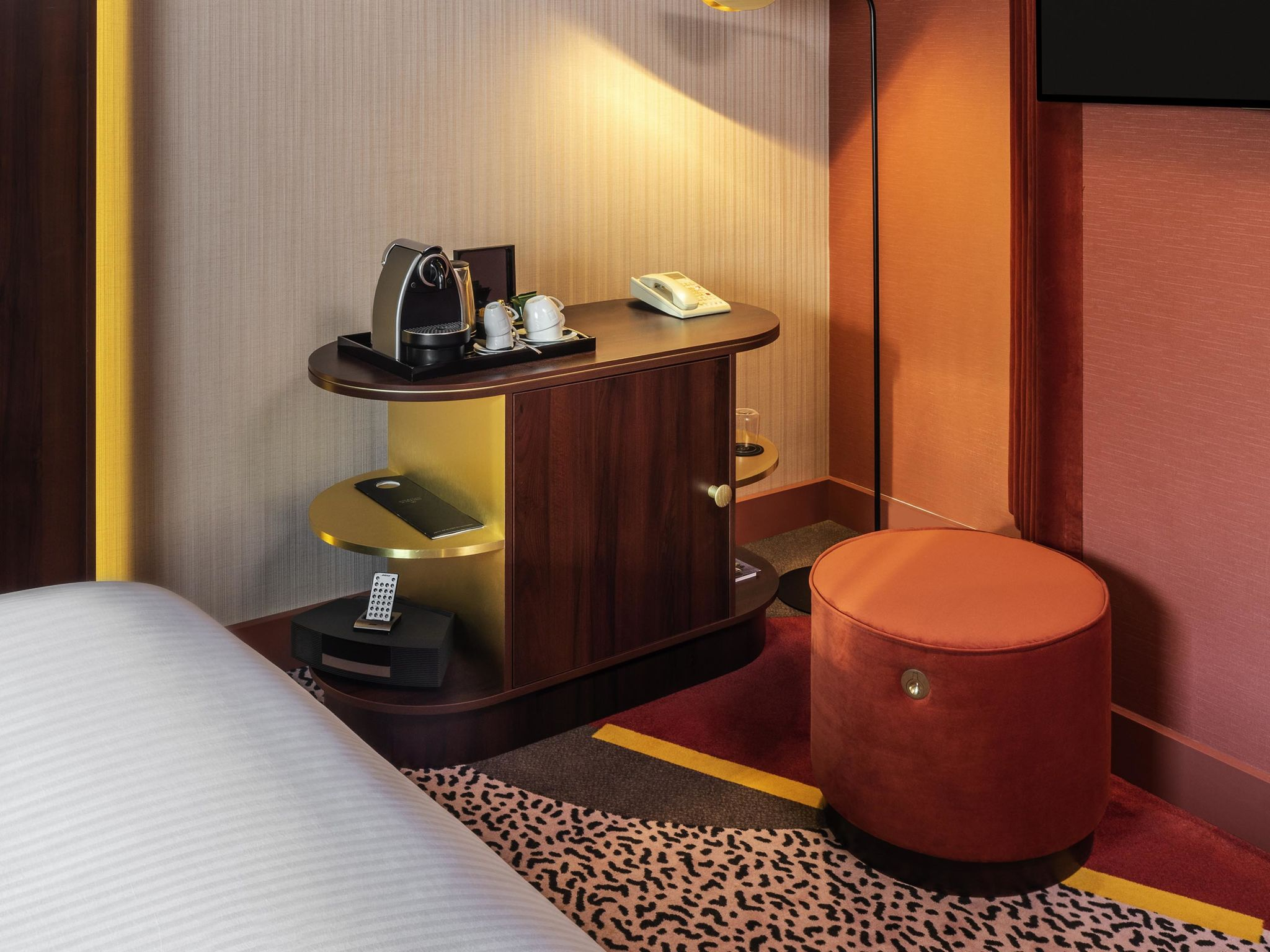 awesome hotel sofitel paris la defense with maison du monde la dfense. Black Bedroom Furniture Sets. Home Design Ideas