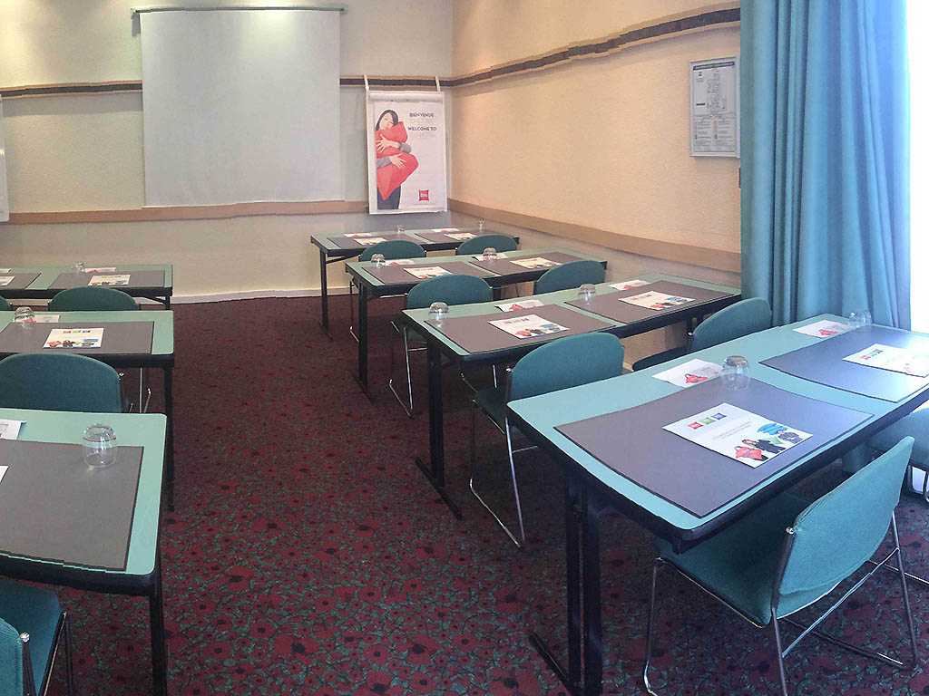 h 244 tel 224 chartres ibis chartres centre cath 233 drale
