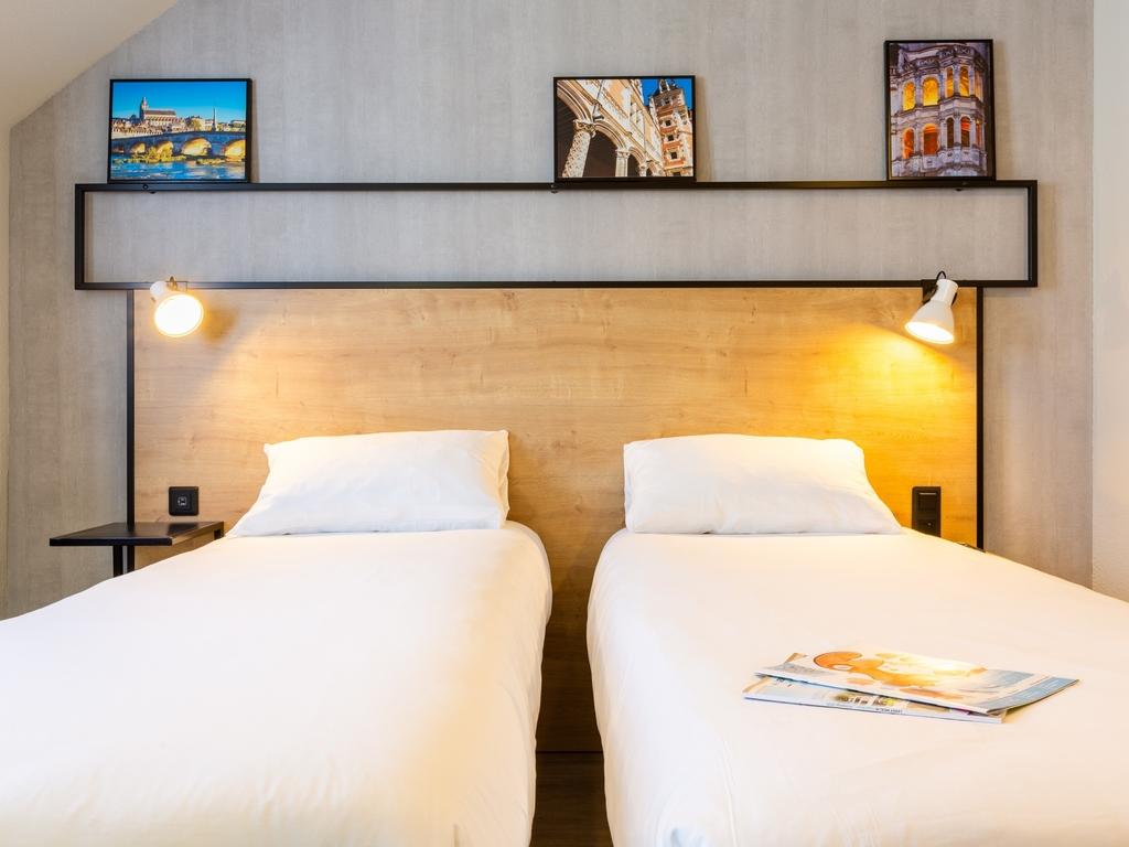 hotel a blois ibis blois centre chateau. Black Bedroom Furniture Sets. Home Design Ideas