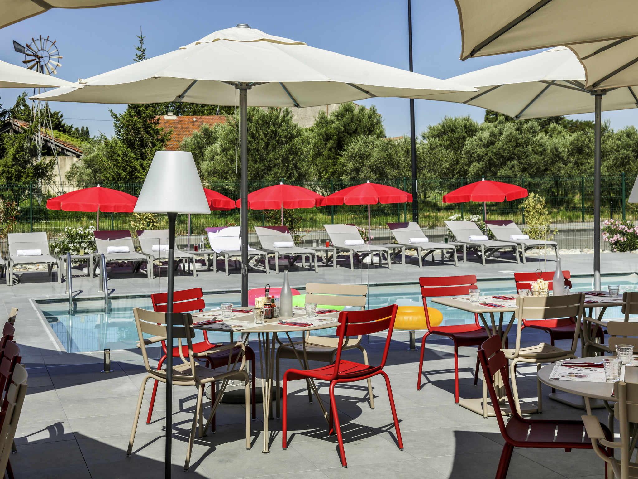 Hotel – ibis Orange Centre Échangeur A7 A9