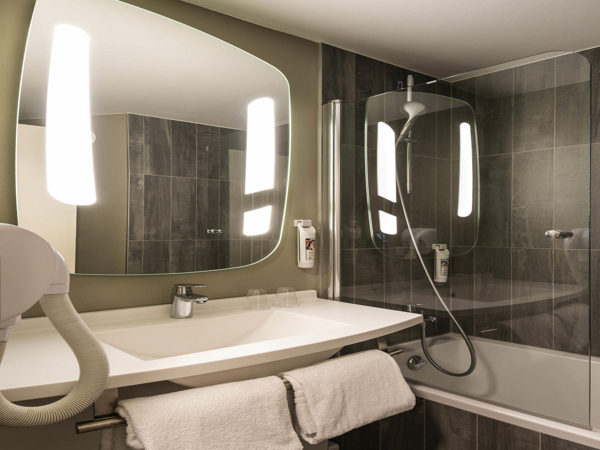 hotel in paris ibis paris alesia montparnasse 14th