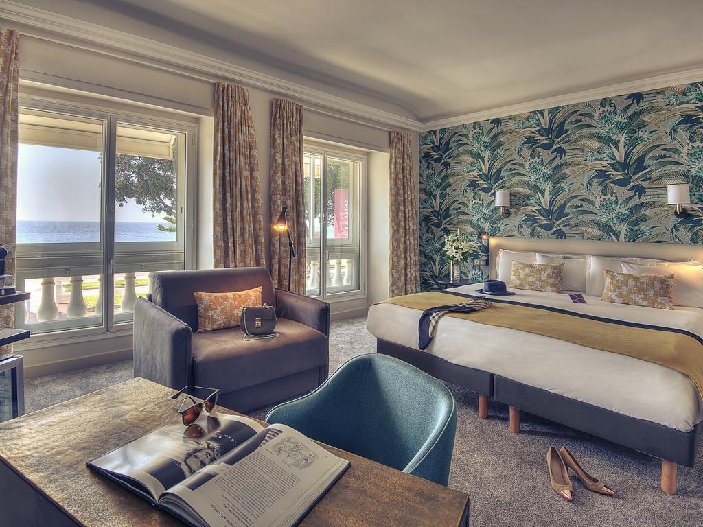 h tel nice h tel mercure nice marche aux fleurs. Black Bedroom Furniture Sets. Home Design Ideas