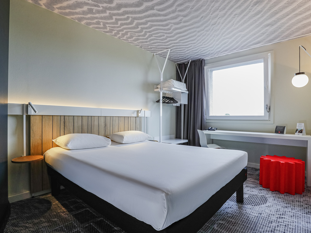Cheap Hotel Luxembourg - ibis - Near Luxembourg Airport