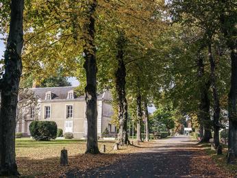 Mercure Paris Sud Parc Du Coudray Hotel