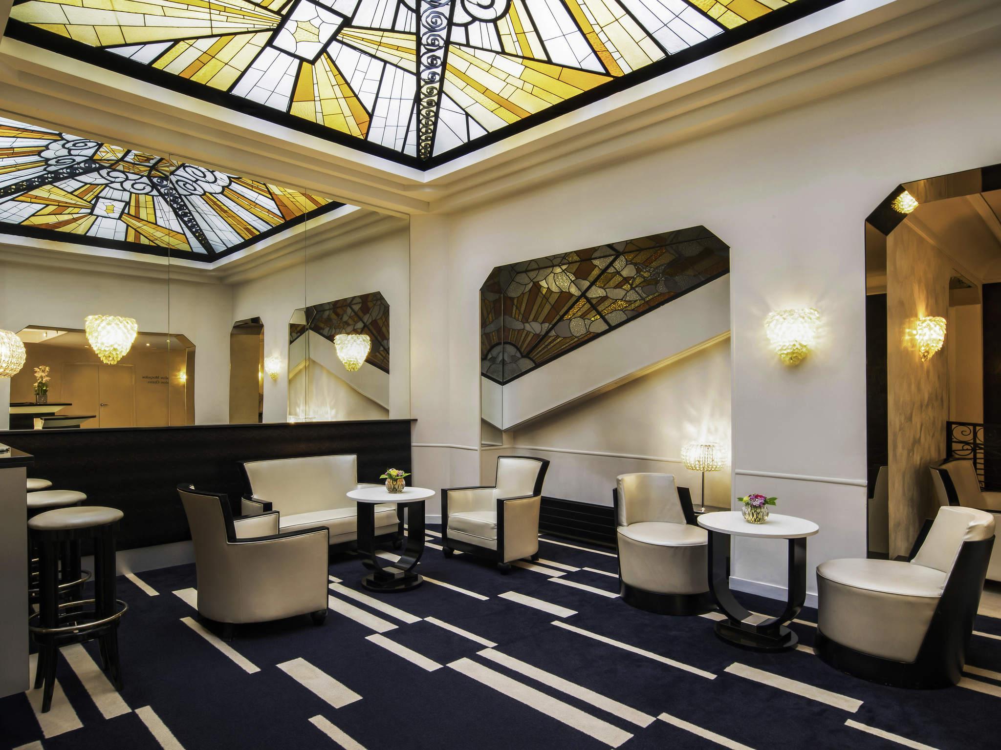 โรงแรม – โรงแรมเมอร์เคียว ปารีส โอเปร่า โฟบู มงมาทร์