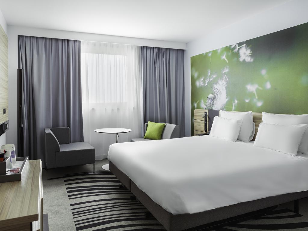 hotel roissy charles de gaulle novotel paris charles de gaulle airport. Black Bedroom Furniture Sets. Home Design Ideas