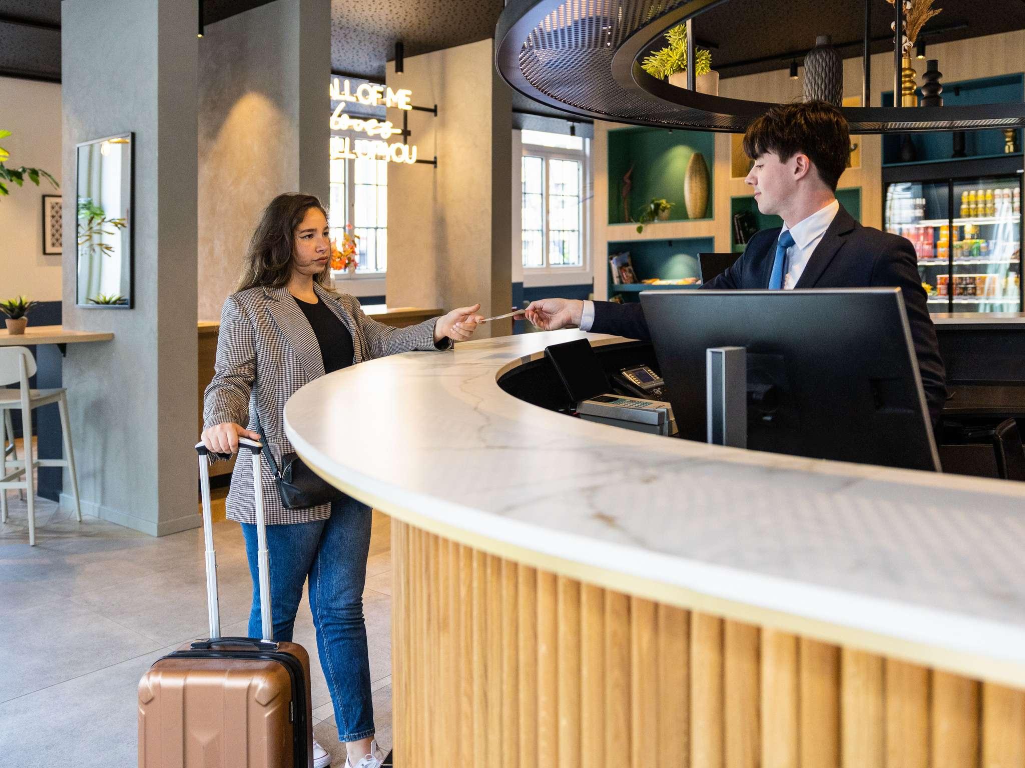 호텔 – 노보텔 브뤼셀 오프 그랑 플라스