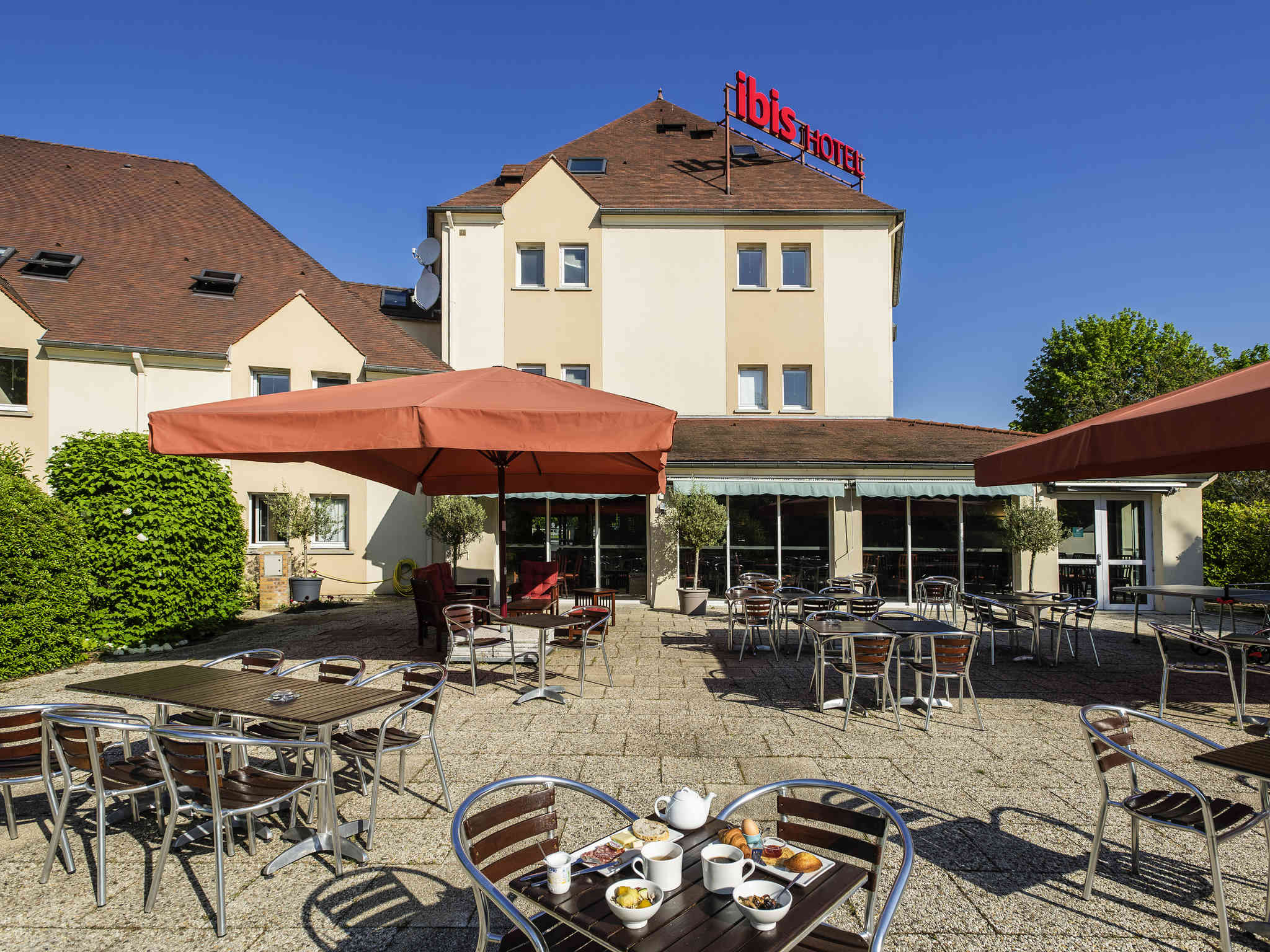 Hotell – ibis Château-Thierry