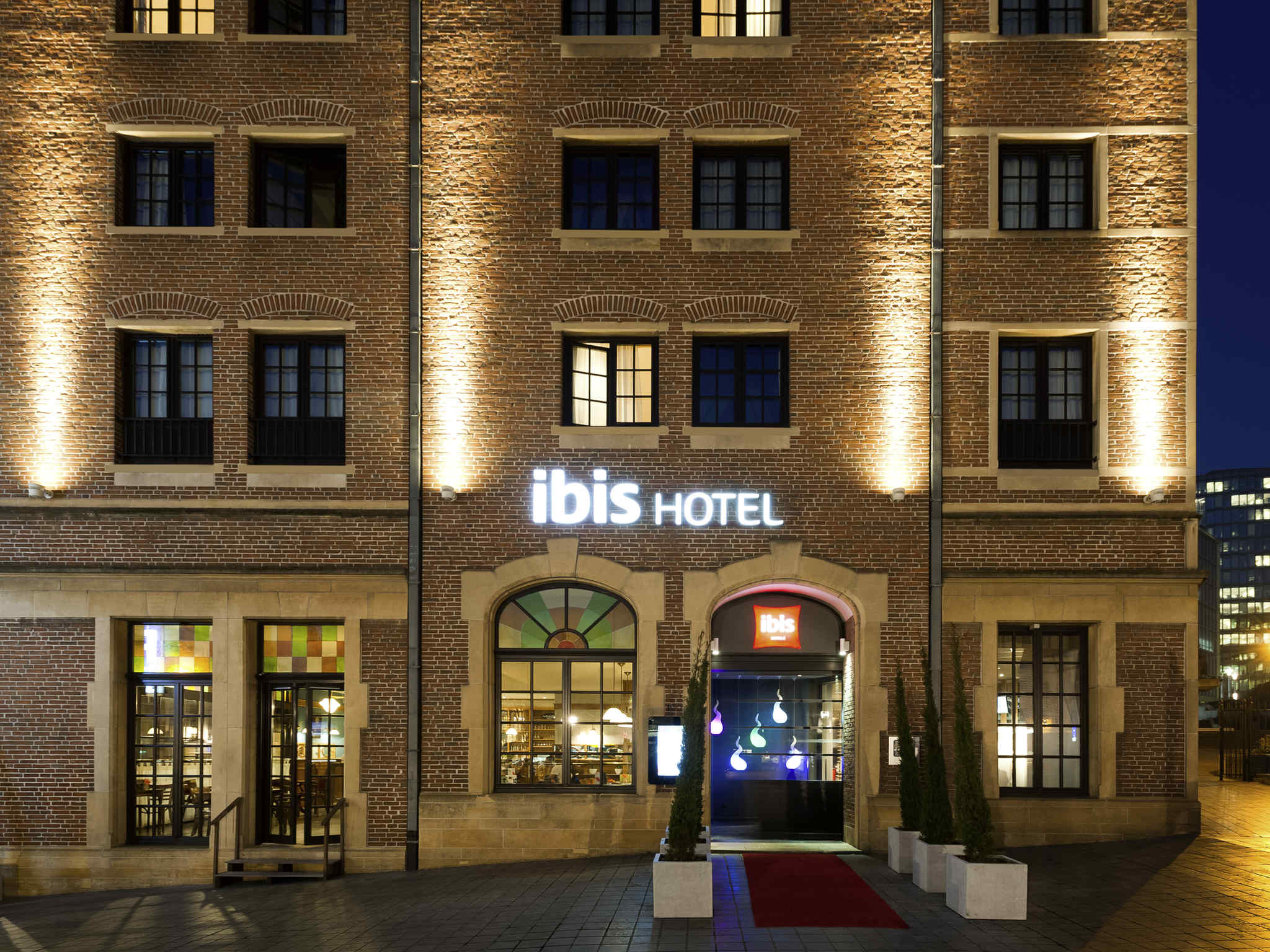 Hôtel - ibis Brussels off Grand Place