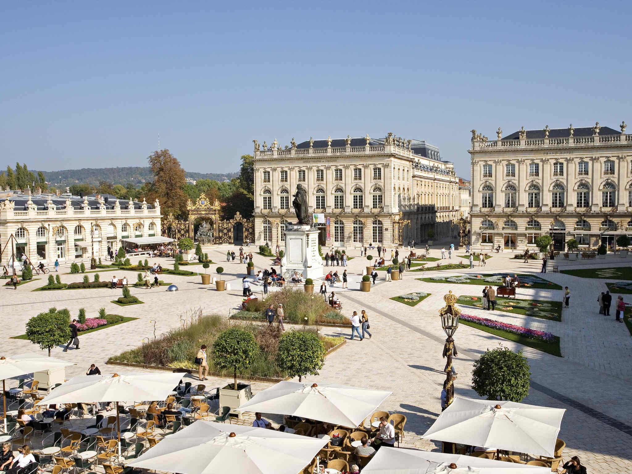 Отель — Hôtel Mercure Nancy Centre Place Stanislas