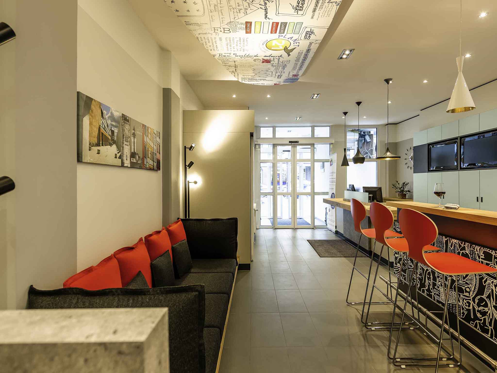 Hotel ibis nuernberg altstadt book your hotel now wifi for Bar 42 nurnberg