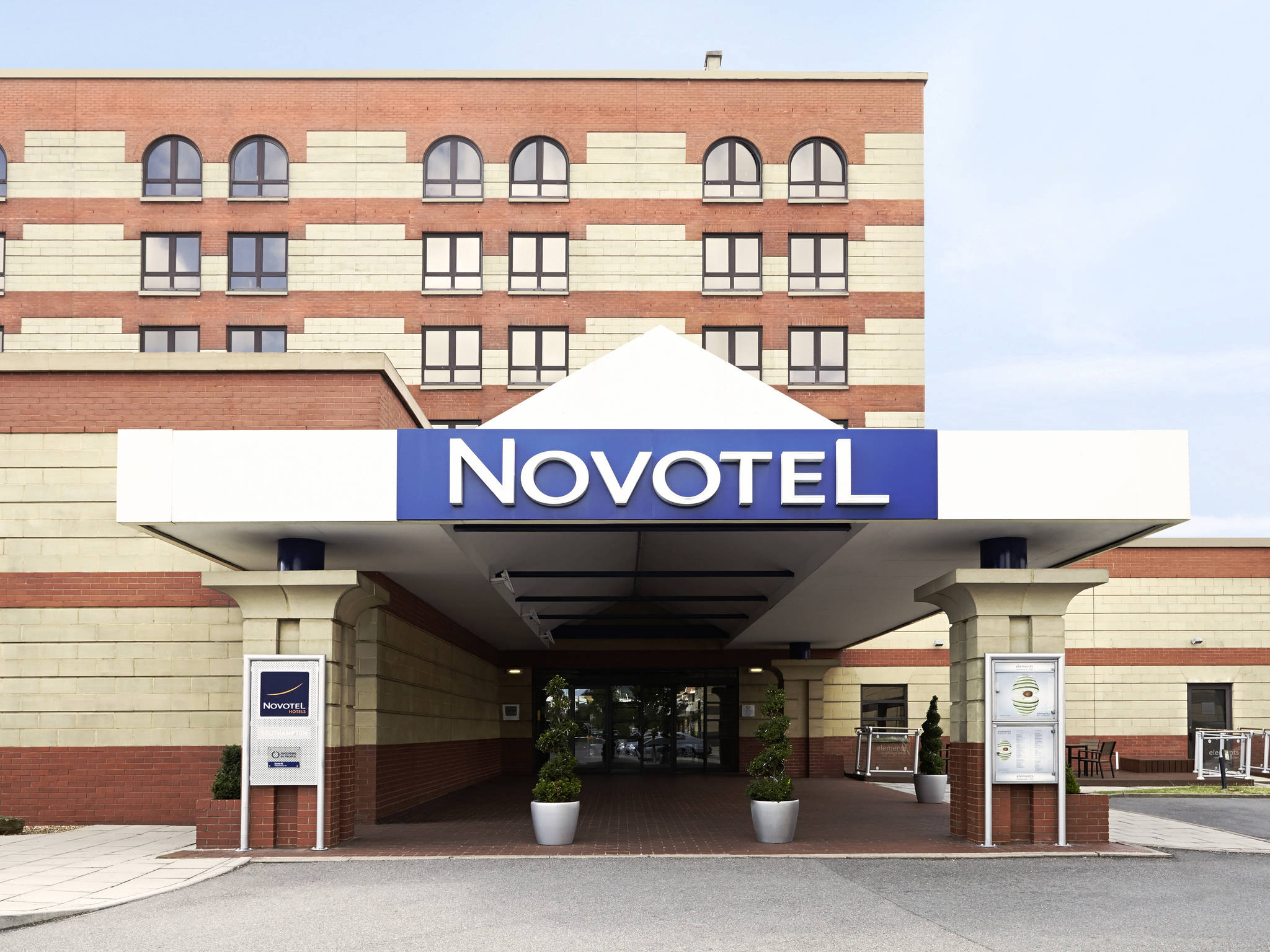 호텔 – Novotel Southampton