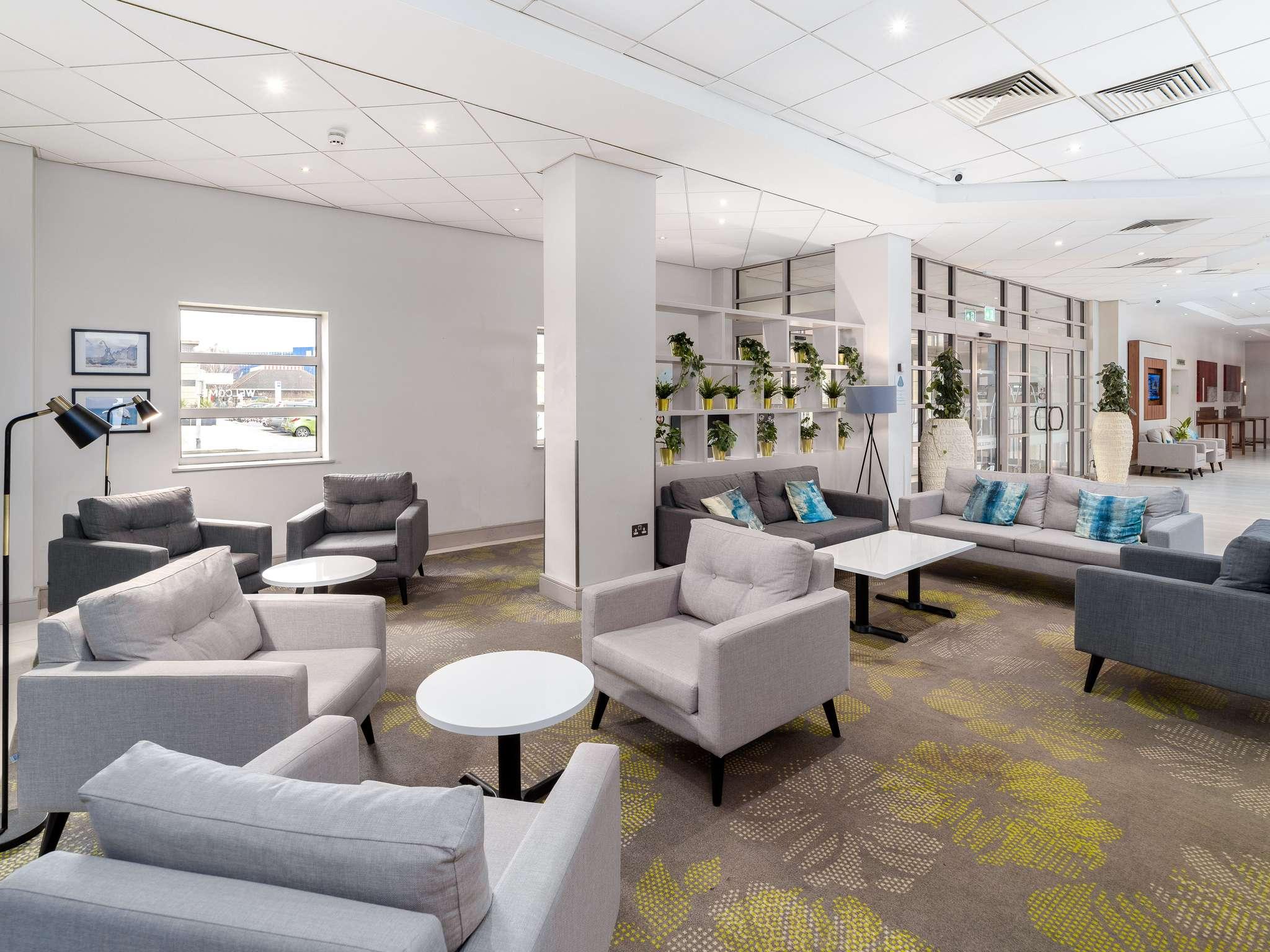 Отель — Novotel Саутгемптон