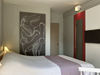 hotel pas cher mouilleron le captif ibis la roche sur yon. Black Bedroom Furniture Sets. Home Design Ideas