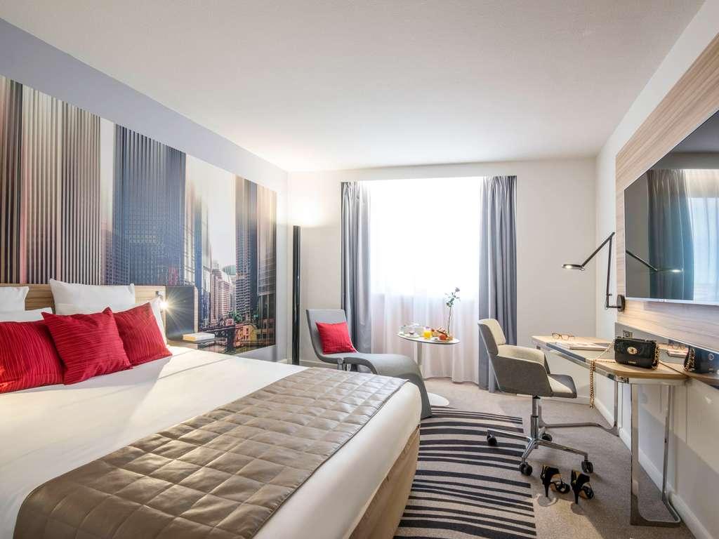 hotel a nice novotel nice centre vieux nice. Black Bedroom Furniture Sets. Home Design Ideas