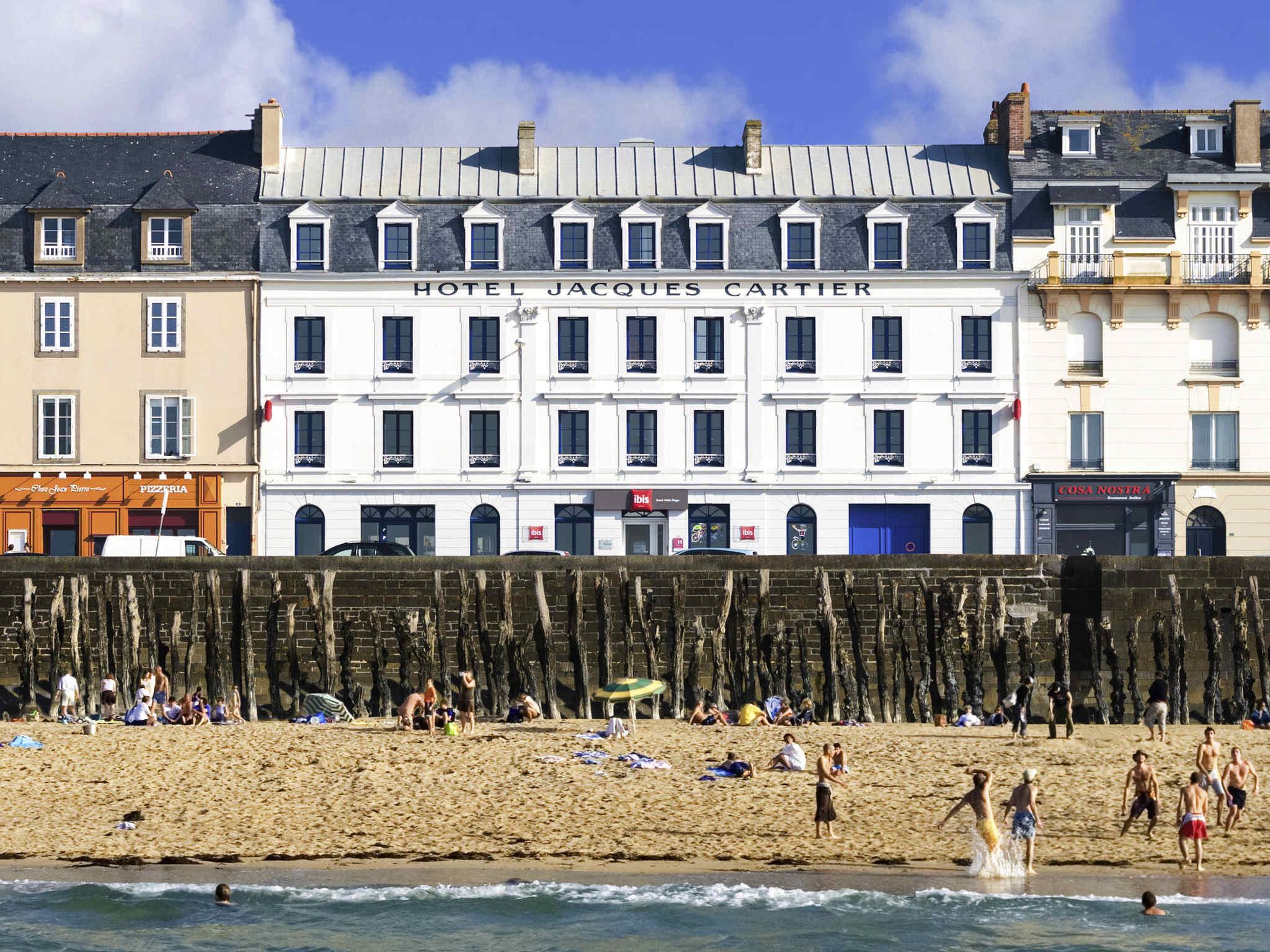 Отель — ibis Saint-Malo Plage