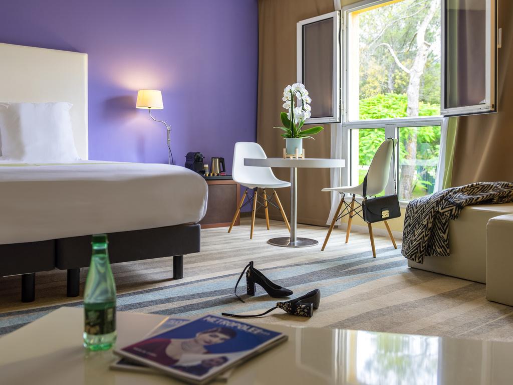 Hotel in Valbonne - Mercure Antibes Sophia Antipolis Hotel ...
