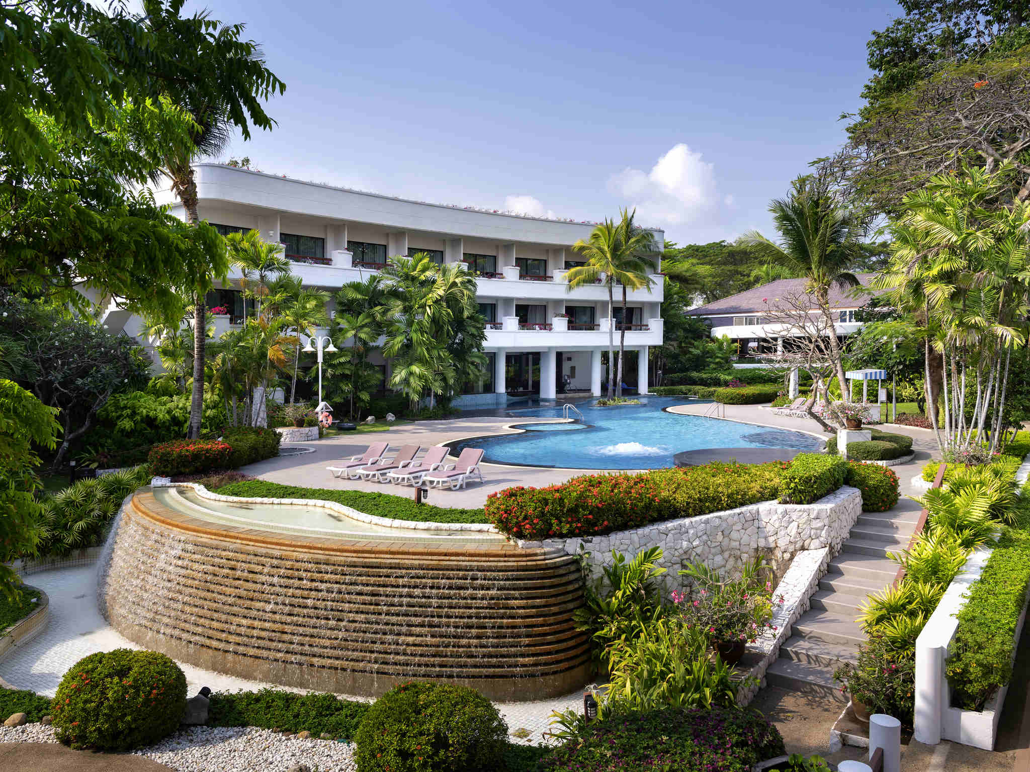 Hotel – Novotel Rayong Rim Pae Resort
