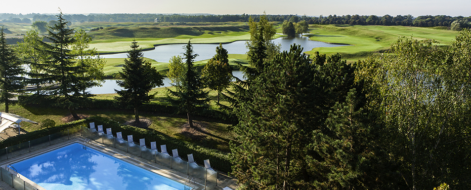 hotel magny les hameaux novotel saint quentin golf national. Black Bedroom Furniture Sets. Home Design Ideas