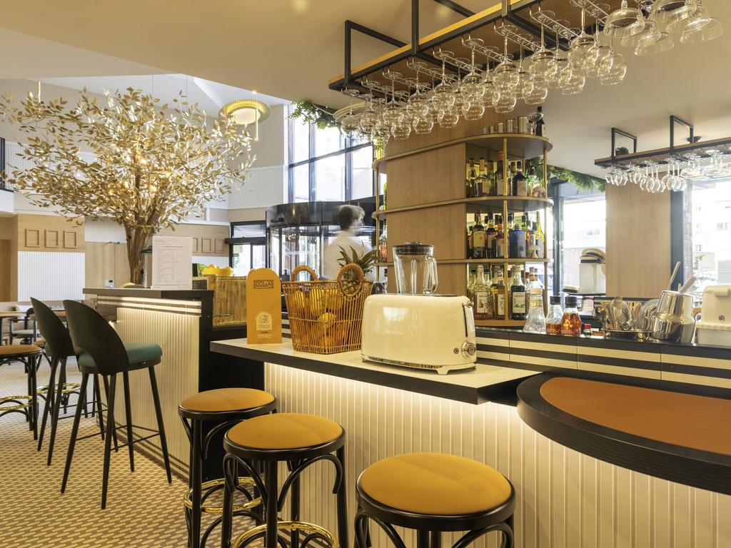 Novotel cafe suresnes suresnes restaurants by accorhotels - 7 rue du port aux vins 92150 suresnes ...