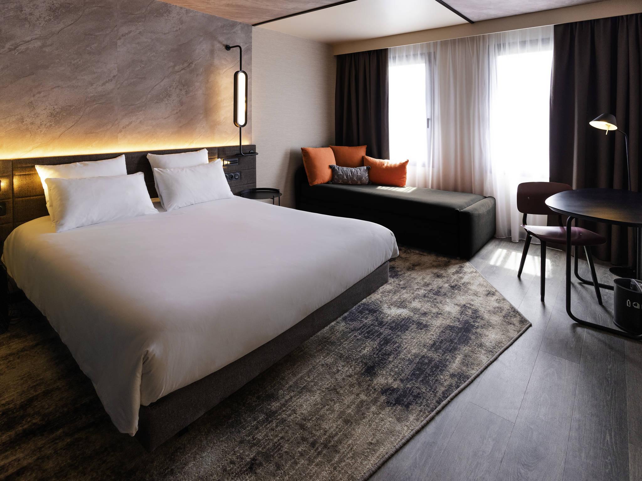 酒店 – 巴黎苏雷斯尼隆尚诺富特酒店
