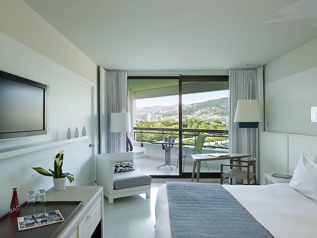 Hotel In MANDELIEU LA NAPOULE