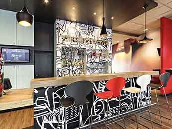 hotel pas cher agen ibis agen centre. Black Bedroom Furniture Sets. Home Design Ideas