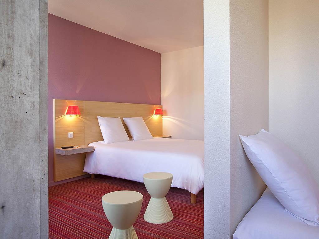 cheap hotel le puy en velay ibis styles le puy en velay. Black Bedroom Furniture Sets. Home Design Ideas