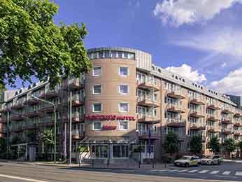 فندق وريزيدنتس مركيور Mercure  فرانكفورت ميسي