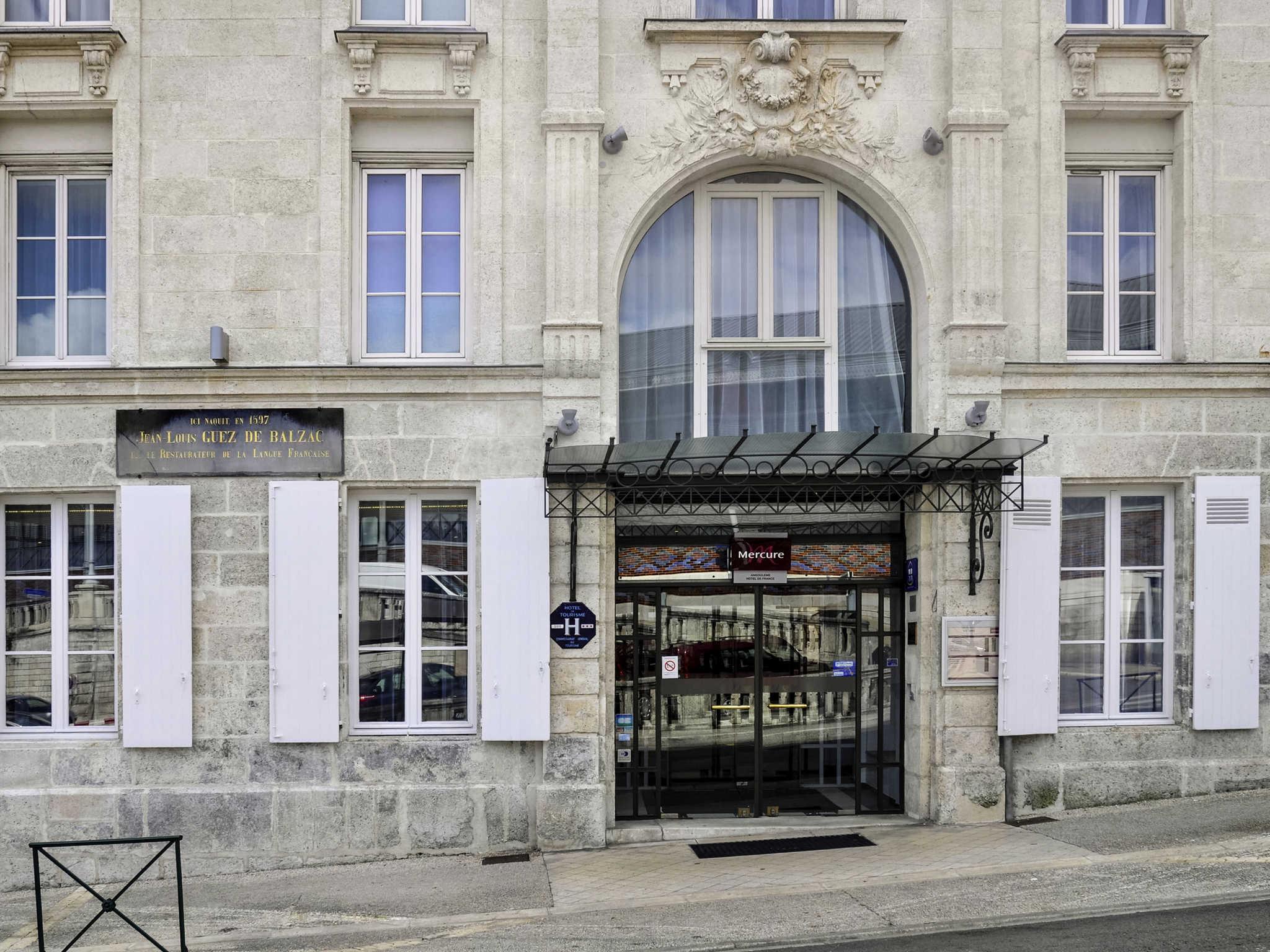 Отель — Hôtel Mercure Angoulême Hôtel de France