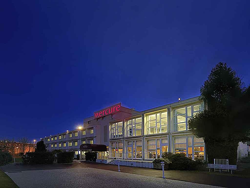 Best hotel rouen est val de reuil val de reuil for Hotels rouen