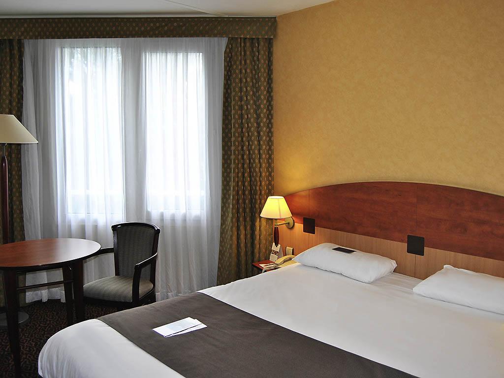 Hôtel à saint etienne   hôtel mercure saint etienne parc de l'europe