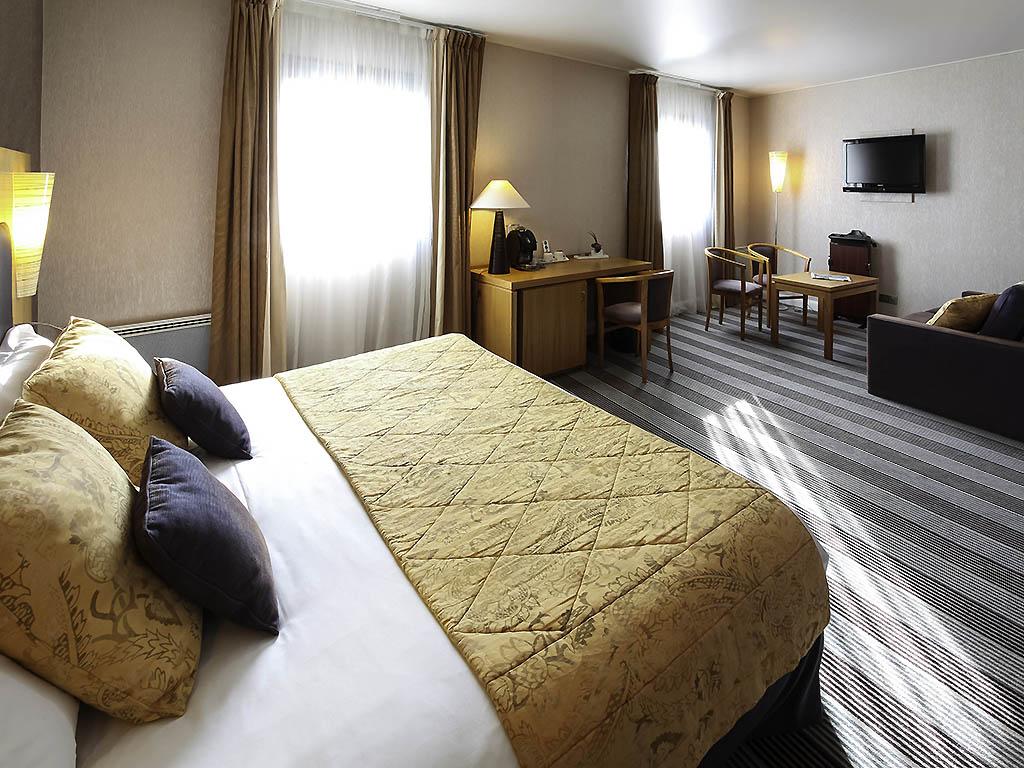 Restaurant Le Plaisir Des Sens Niort hotel in niort - mercure niort marais poitevin hotel - all