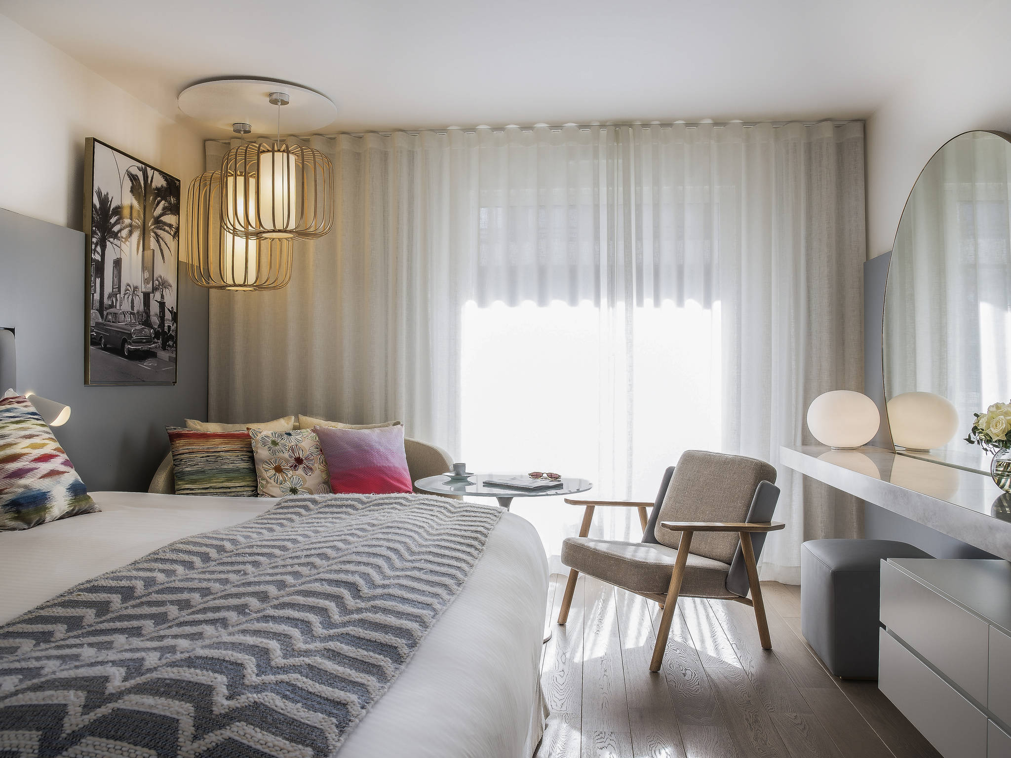 โรงแรม – Hôtel Mercure Cannes Croisette Beach