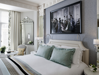 hotel in paris sofitel paris le faubourg. Black Bedroom Furniture Sets. Home Design Ideas